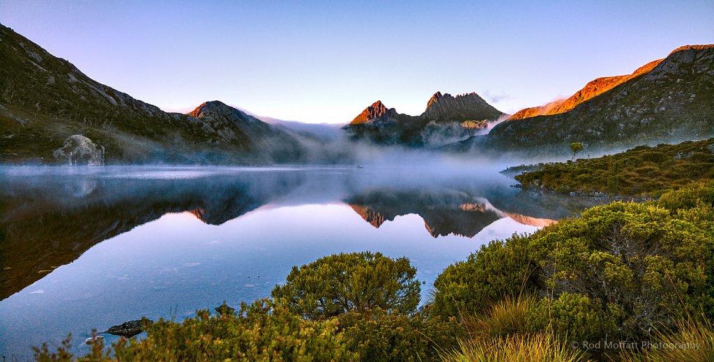 Mist over Dove Lake